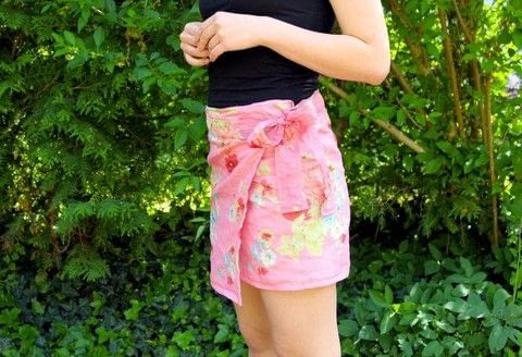 Sew your own wrap skirt .  Free tutorial with pictures on how to make a wrap skirt in under 120 minutes using sewing machine, buttons, and sewing thread. Inspired by clothes & accessories. How To posted by The Berry Cat.  in the Sewing section Difficulty: Simple. Cost: Cheap. Steps: 5