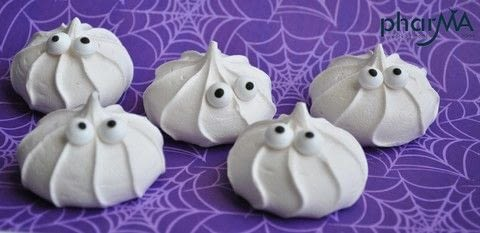 Easy to Make Halloween treats! .  Free tutorial with pictures on how to bake a meringue in under 5 minutes by baking Inspired by halloween. Recipe posted by The PharMA.  in the Recipes section Difficulty: Easy. Cost: Cheap. Steps: 2