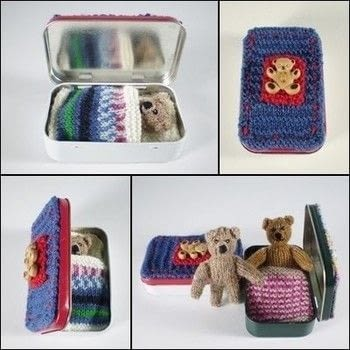 A tiny knitted teddy who lives in a tin. .  Free tutorial with pictures on how to make a bear plushie in under 120 minutes by knitting with yarn, knitting needles, and knitting needles. How To posted by Frankie.  in the Yarncraft section Difficulty: Easy. Cost: 3/5. Steps: 1