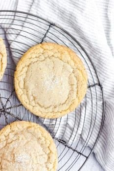 Soft and chewy bakery-worthy sugar cookies .  Free tutorial with pictures on how to bake a sugar cookie in 6 steps by baking with cake flour, all purpose flour, and salt. Recipe posted by Jenna   Butternut Bakery.  in the Recipes section Difficulty: Simple. Cost: Cheap.