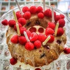 Raspberry, Lemon & Poppy Seed Drizzle Cake