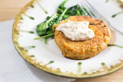 Healthy Sweet Potato Salmon Cakes .  Free tutorial with pictures on how to cook a fishcake in under 20 minutes by cooking with sweet potato, salmon, and breadcrumbs. Recipe posted by Cleo T.  in the Recipes section Difficulty: Simple. Cost: Cheap. Steps: 3