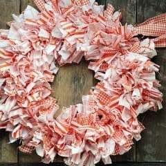 Cute + Easy Rag Wreath Diy