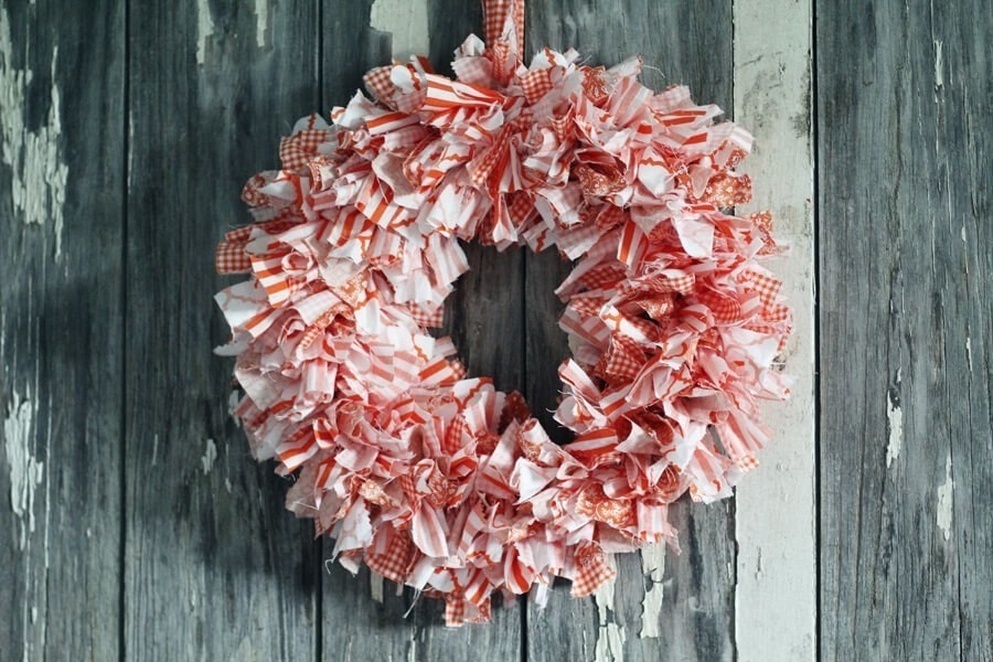 Cute Easy Rag Wreath Diy 183 How To Make A Fabric Wreath