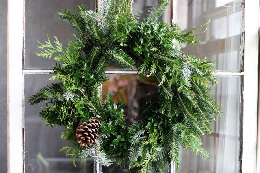 handmade and simple this easy christmas wreath is so affordable