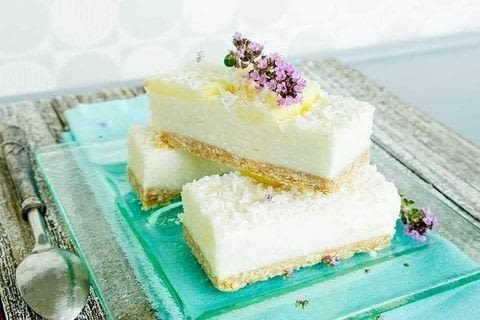 No Bake Lemon Coconut Bars (vegan, gluten-free) .  Free tutorial with pictures on how to bake a lemon bar in under 10 minutes by baking with rolled oats, almond flour, and almond butter. Recipe posted by Kristina  S.  in the Recipes section Difficulty: Simple. Cost: Cheap. Steps: 5