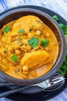 Thai Red Curry With Chickpeas and Butternut Squash .  Free tutorial with pictures on how to cook a curry in under 10 minutes by cooking with butternut squash, coconut oil, and red curry paste. Recipe posted by Kristina  S.  in the Recipes section Difficulty: Simple. Cost: Cheap. Steps: 4