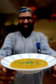 Elephant .  Free tutorial with pictures on how to cook a dal curry in under 45 minutes by cooking with lentils, sea salt, and chili powder. Recipe posted by Kitchen Press.  in the Recipes section Difficulty: Simple. Cost: Cheap. Steps: 5