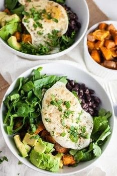 These Healthy Sweet Potato Breakfast Bowls are super easy to make and topped with egg, black beans, and avocado. This recipe is ready in only 20 minutes! .  Free tutorial with pictures on how to make a salad in under 30 minutes by cooking with sweet potatoes, olive oil, and garlic powder. Recipe posted by Christine R.  in the Recipes section Difficulty: Simple. Cost: Absolutley free. Steps: 4