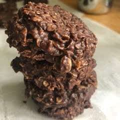 No Bake Fudge Oatmeal Cookies