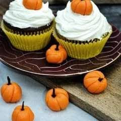 Edible Mini Pumpkins   Cute Cupcake Toppers Or Mini Decor!