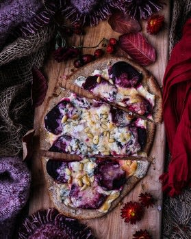 Beetroot Brie Blue Cheese Naan Pizza Recipe .  Free tutorial with pictures on how to cook a pizza in under 35 minutes by cooking with naan, beetroots, and cream cheese. Recipe posted by Ben | Havoc In The Kitchen .  in the Recipes section Difficulty: Simple. Cost: Cheap. Steps: 4