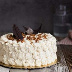 Classic Chocolate Cake With Vanilla Butter Cream Frosting