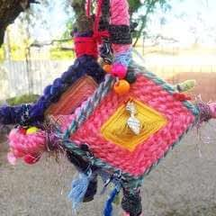Ojo De Dios   God's Eye Weaving