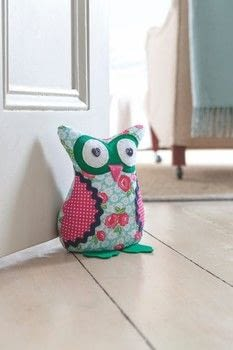 Sew Perfect Pets .  Free tutorial with pictures on how to make a door stop in 11 steps by sewing with floral fabric, polka dot fabric, and denim. Inspired by owls. How To posted by Search Press.  in the Sewing section Difficulty: 3/5. Cost: 3/5.