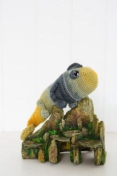 Cuddly Animals to Crochet .  Free tutorial with pictures on how to make a reptile plushie in under 180 minutes by crocheting with yarn, crochet hooks, and toy stuffing . How To posted by Search Press.  in the Yarncraft section Difficulty: 3/5. Cost: 3/5. Steps: 6