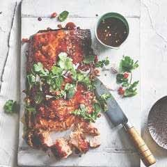 Grilled Salmon With Sticky Tamarind Sauce