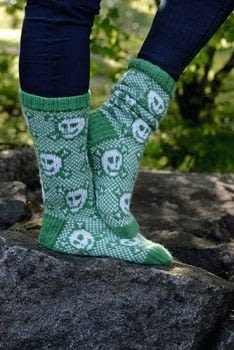 Wild Mittens & Unruly Socks .  Free tutorial with pictures on how to make a sock in 2 steps by knitting with yarn, yarn, and double pointed knitting needles. Inspired by skulls & skeletons. How To posted by Search Press.  in the Yarncraft section Difficulty: 3/5. Cost: 3/5.