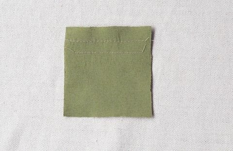 How-to sew a Straight stitch .  Free tutorial with pictures on how to stitch  in under 5 minutes by sewing with needle and thread. How To posted by GMC Group.  in the Sewing section Difficulty: Easy. Cost: No cost. Steps: 1