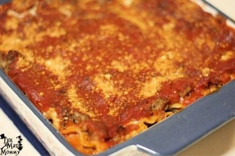 This Lazy Lasagna ONLY looks like it took all day! .  Free tutorial with pictures on how to cook a lasagna in under 55 minutes by cooking with ground pork, spaghetti sauce, and cottage cheese. Inspired by italian, food, and flavor. Recipe posted by Echo.  in the Recipes section Difficulty: Easy. Cost: Cheap. Steps: 8