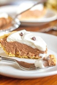 It would be impossible to over exaggerate how delicious this pie no bake Nutella Pie is.  .  Free tutorial with pictures on how to bake a chocolate pie in under 15 minutes by cooking with heavy whipping cream, sugar, and vanilla. Recipe posted by Kit G.  in the Recipes section Difficulty: Easy. Cost: Cheap. Steps: 4