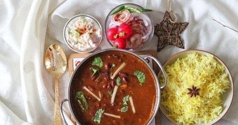 Punjabi Rajma Recipe .  Free tutorial with pictures on how to cook a curry in under 40 minutes by cooking with kidney beans, cups, and mustard oil. Inspired by indian and food. Recipe posted by Frombowltosoul.  in the Recipes section Difficulty: 3/5. Cost: No cost. Steps: 11
