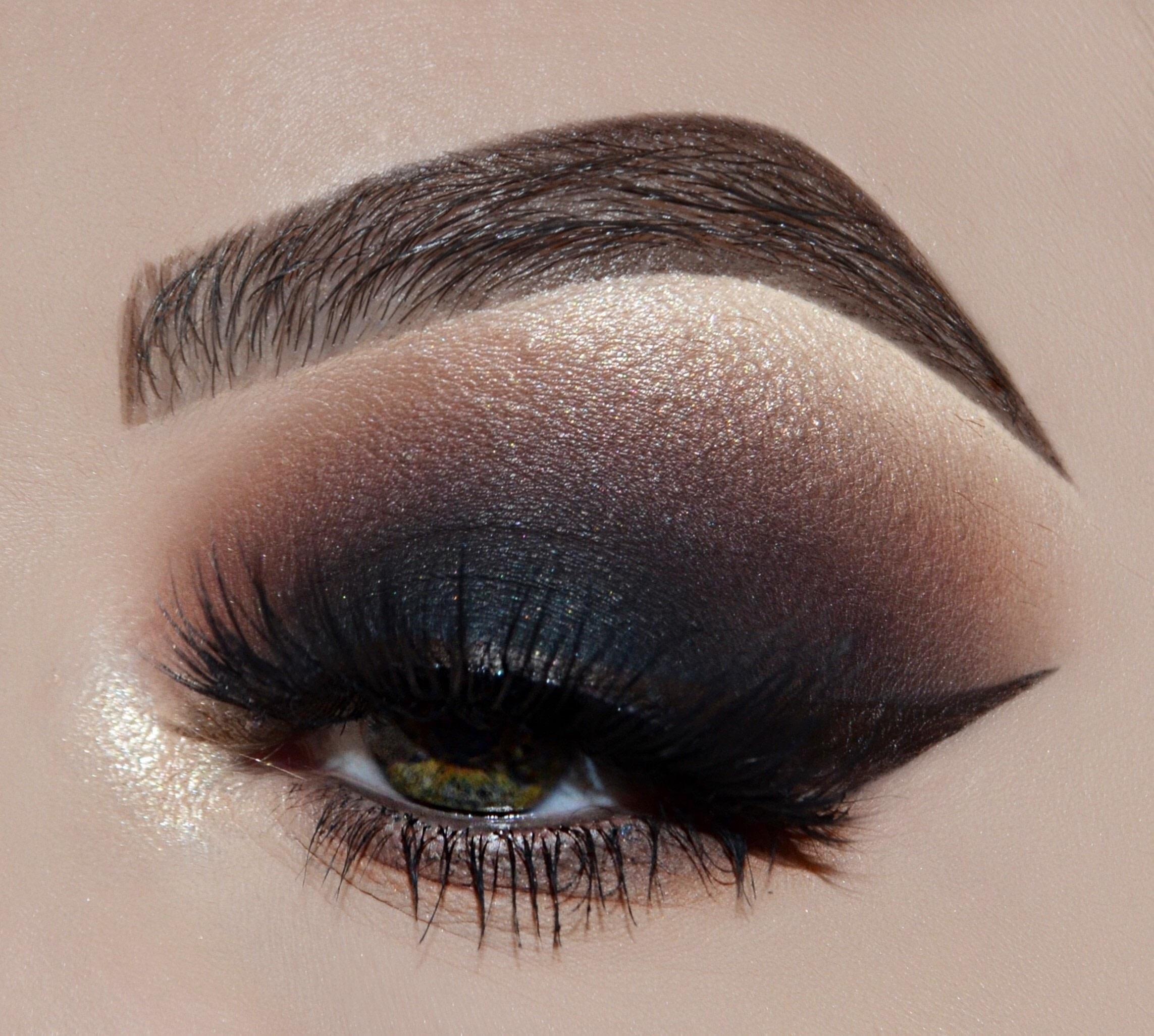 warm smoky eye tutorial · how to create a smokey eye