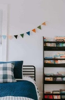 Felt Pennant Banner .  Free tutorial with pictures on how to make bunting in under 45 minutes using scissors, felt, and clothesline. How To posted by Decor Hint.  in the Home + DIY section Difficulty: Easy. Cost: Cheap. Steps: 3