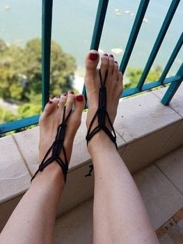 Macrame pattern diy summer vacation flip-flops sandals tutorial weaving .  Free tutorial with pictures on how to make a sandal / flip flop in under 30 minutes by weaving, not sewing, braiding, knotting, and yarncrafting with shirt and t-shirt yarn. Inspired by for girls, summer holidays, and style. How To posted by bloomoire.  in the Yarncraft section Difficulty: Easy. Cost: Absolutley free. Steps: 18