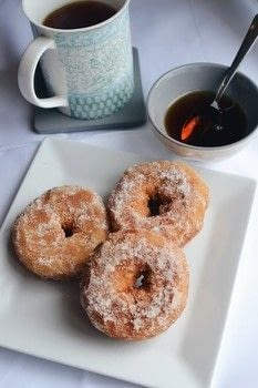 .  Free tutorial with pictures on how to bake a donut in under 35 minutes by baking with salt, cinnamon, and caster sugar. Inspired by vegan, donuts, and cinnamon. Recipe posted by Jane Toner.  in the Recipes section Difficulty: 3/5. Cost: Cheap. Steps: 6