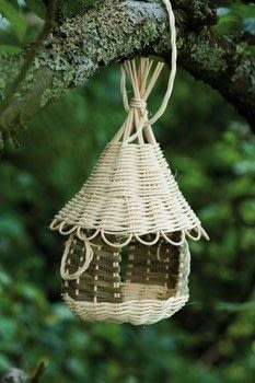 Basketweaving for Beginners .  Free tutorial with pictures on how to make a bird feeder in under 60 minutes by weaving with cane, cane, and cane. How To posted by Search Press.  in the Other section Difficulty: 4/5. Cost: Cheap. Steps: 15