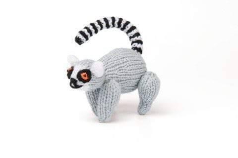 Knitted Safari .  Free tutorial with pictures on how to make an animal plushie in 8 steps by knitting with yarn, knitting needles, and needle. Inspired by lemur. How To posted by GMC Group.  in the Yarncraft section Difficulty: 3/5. Cost: 3/5.