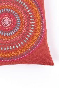Big Embroidery .  Free tutorial with pictures on how to make a stitched cushion in 6 steps by embroidering with fabric, wool, and  buttons. How To posted by FW Media.  in the Yarncraft section Difficulty: 3/5. Cost: Cheap.
