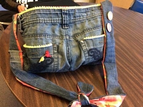 .  Sew a denim bag in under 180 minutes Inspired by fruity. Version posted by SilverM0on. Difficulty: 3/5. Cost: Absolutley free.