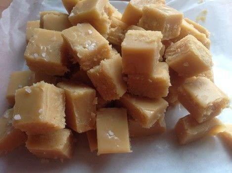 .  Free tutorial with pictures on how to make fudge in under 20 minutes by cooking with condensed milk, sugar, and brown sugar. Recipe posted by Super Madcow.  in the Recipes section Difficulty: Easy. Cost: Cheap. Steps: 6