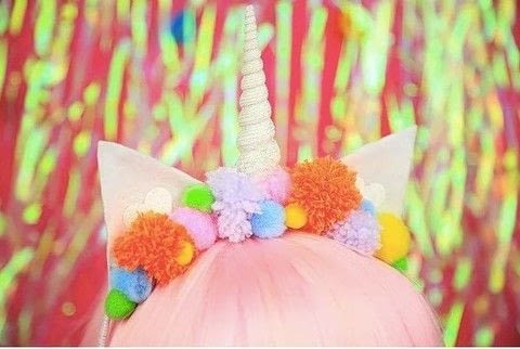 Sparkle like a Unicorn with this cute crown! .  Free tutorial with pictures on how to make a hairband / headband in under 120 minutes by decorating with scissors, felt, and yarn. Inspired by unicorns. How To posted by DiY Blonde.  in the Other section Difficulty: 3/5. Cost: Cheap. Steps: 7