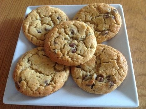 .  Free tutorial with pictures on how to bake a chocolate chip cookie in under 30 minutes by cooking and baking with butter, 2 eggs, and sugar. Recipe posted by Super Madcow.  in the Recipes section Difficulty: Easy. Cost: Cheap. Steps: 6