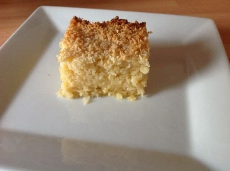 .  Free tutorial with pictures on how to bake a bar / slice in under 60 minutes by cooking and baking with plain flour, sugar, and butter. Recipe posted by Super Madcow.  in the Recipes section Difficulty: Easy. Cost: Cheap. Steps: 5