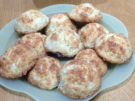 Coconut biscuits  .  Free tutorial with pictures on how to bake a cookie in under 30 minutes by cooking, baking, and decorating food with butter, sugar, and coconut. Recipe posted by Super Madcow.  in the Recipes section Difficulty: Easy. Cost: Cheap. Steps: 7