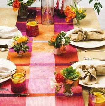 Ombre Quilts .  Free tutorial with pictures on how to make a tablecloth / table runner in under 120 minutes by sewing and patchworking with fabric, fabric, and fabric. How To posted by Search Press.  in the Sewing section Difficulty: 3/5. Cost: Cheap. Steps: 11
