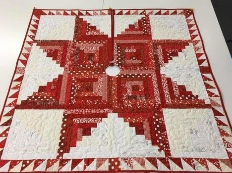 Log Cabin Block Christmas Tree Skirt 183 A Patchwork Quilt