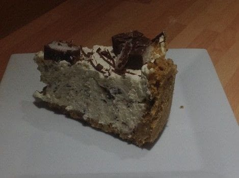 Bounty Cheesecake  .  Free tutorial with pictures on how to bake a cheesecake in under 30 minutes by cake decorating with digestive biscuits, butter, and cream cheese. Recipe posted by Super Madcow.  in the Recipes section Difficulty: Easy. Cost: Cheap. Steps: 7