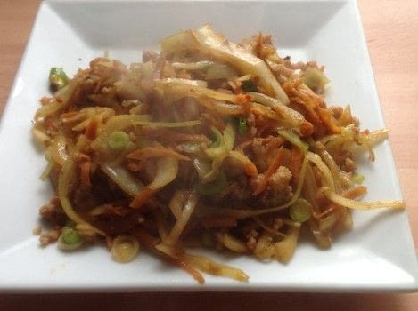 Egg Roll in a Bowl .  Free tutorial with pictures on how to cook a stir fry in under 25 minutes by cooking with ground meat, coleslaw, and sauce. Recipe posted by Super Madcow.  in the Recipes section Difficulty: Easy. Cost: Cheap. Steps: 4
