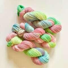 Rainbow Gradient Yarn - Dye At Home!
