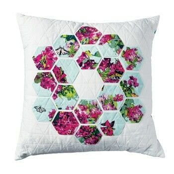 Learn to Sew in 30 Minutes: Machine Sewing .  Free tutorial with pictures on how to sew a patchwork cushion in 12 steps by sewing and patchworking with cotton, cotton, and cotton. How To posted by Search Press.  in the Sewing section Difficulty: 3/5. Cost: 3/5.