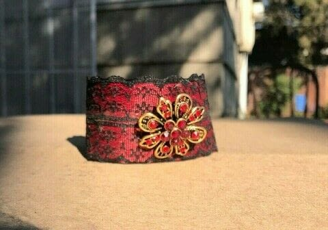 Easy to make and no sewing .  Make a cuff in under 60 minutes using ribbon, ribbon clasp, and lace. Creation posted by Heather M.  in the Jewelry section Difficulty: Simple. Cost: Cheap.