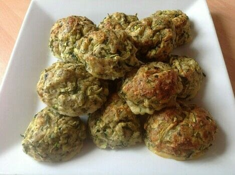 .  Free tutorial with pictures on how to cook a vegetable dish in under 30 minutes by cooking and baking with courgettes, egg, and breadcrumbs. Recipe posted by Super Madcow.  in the Recipes section Difficulty: Easy. Cost: Cheap. Steps: 3
