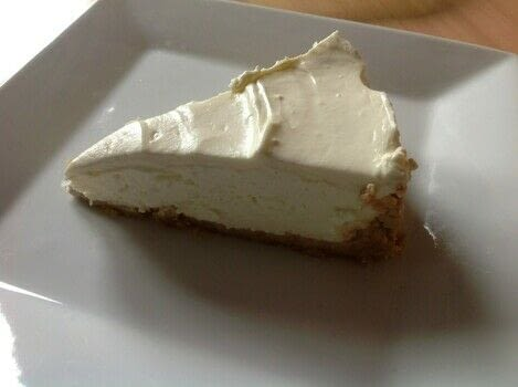 Greek yogurt Cheesecake  .  Free tutorial with pictures on how to bake a cheesecake in under 15 minutes by decorating food with biscuits, butter, and cream cheese. Recipe posted by Super Madcow.  in the Recipes section Difficulty: Easy. Cost: Cheap. Steps: 8