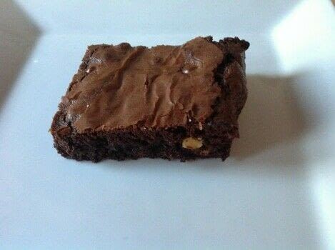 .  Free tutorial with pictures on how to bake a brownie in under 40 minutes by cooking and baking with dark chocolate, butter, and 3 eggs. Recipe posted by Super Madcow.  in the Recipes section Difficulty: Easy. Cost: Cheap. Steps: 7