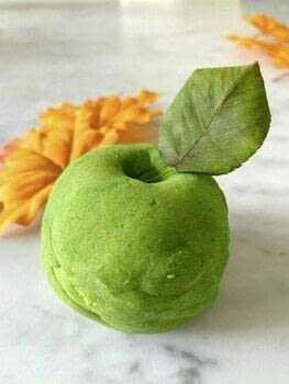 .  Make play dough in under 15 minutes using flour, food coloring, and nutmeg. Inspired by playroom and kids. Creation posted by Viktoria A.  in the Home + DIY section Difficulty: Simple. Cost: Absolutley free.